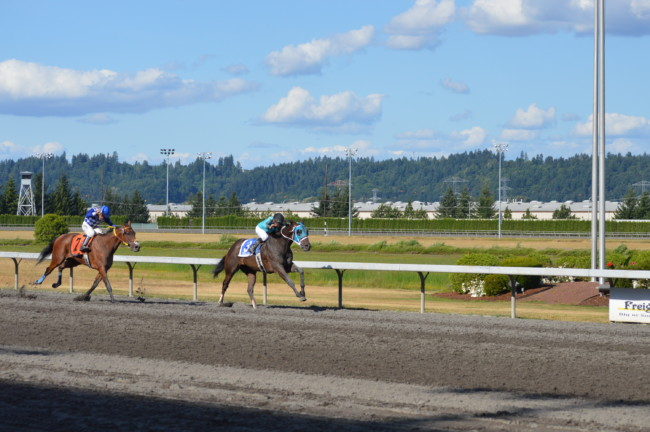 "Emerald Downs: No doubt this time Mach One ""Rules"" the Day, joins 3 other Stake Champions on Sunday"