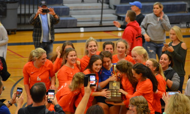 Dist 4 2A Volleyball: 2 Seeds battle for Title and Spudders pull out Dramatic win over Wolves