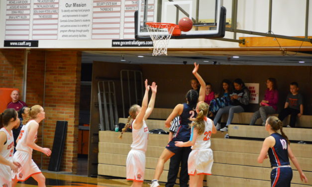 Girls Hoops: Black Hills fires on all cylinders over Centralia for sole possession of 2nd place