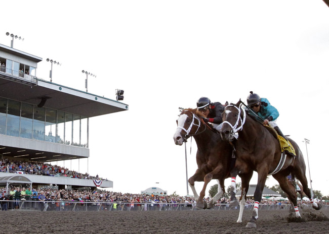 Track Opens for Training at Emerald Downs Monday Morning