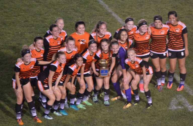 Girls Soccer: Centralia holds off Bearcats to take Twin City Rotary Cup 5-4