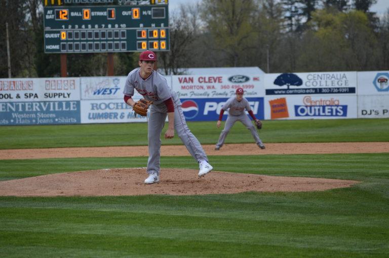 Baseball: Bearcats take 1st of 3 Twin City Showdowns over Tigers