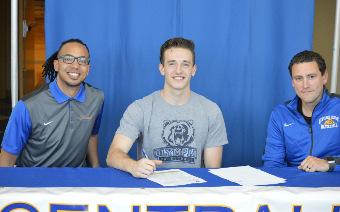 Centralia College adds another piece to men's Hoops Team