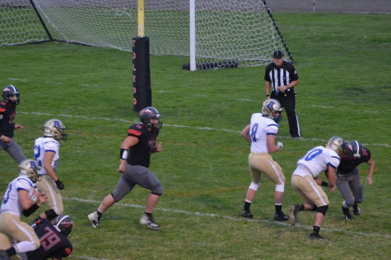 Week 4 Friday Night Football: Adna holds off Toledo, Tumwater cruises, Napavine gets big win and Washougal sends a message