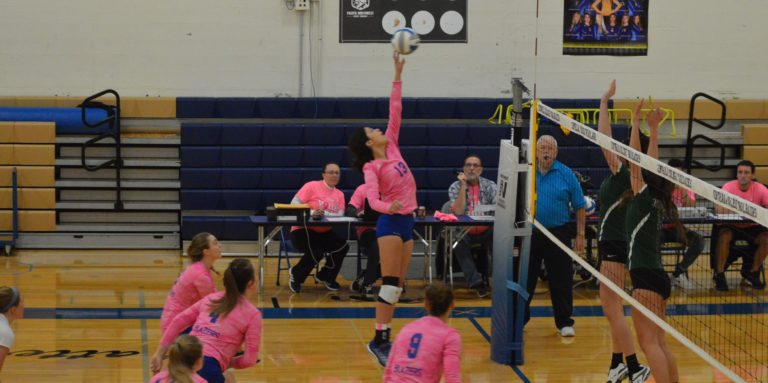 Centralia CC Blazers roll up Green River in key Volleyball Match