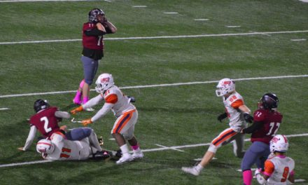 Thursday Football: Lakes lays it down against Bethel, Lancers roll to 4th straight win