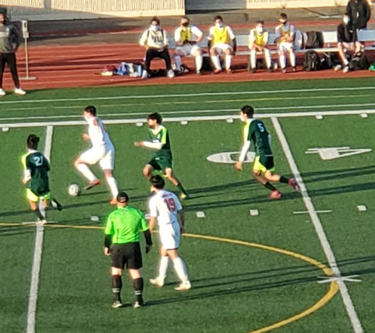 Thursday Night ESN Re-Cap: Clover Park and Lakes battle to a 2-2 draw on the Pitch