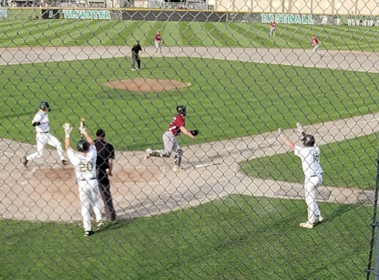 ESN Wednesday Re-Caps: Tumwater stops WF West streak & Centralia rolls in Baseball, Bearcats unstoppable in Fastpitch and Tenino Soccer scores big